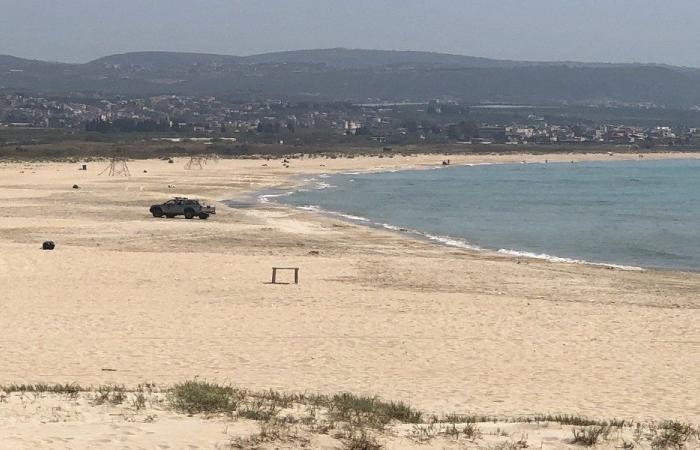 إخلاء شاطئ صور والكورنيش البحري من المواطنين