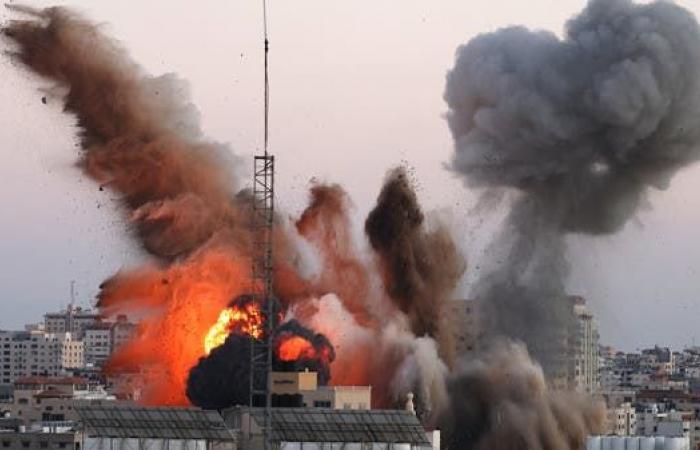 قصف غزة مستمر.. ووقف النار قد يطل على وقع الضغط الدولي
