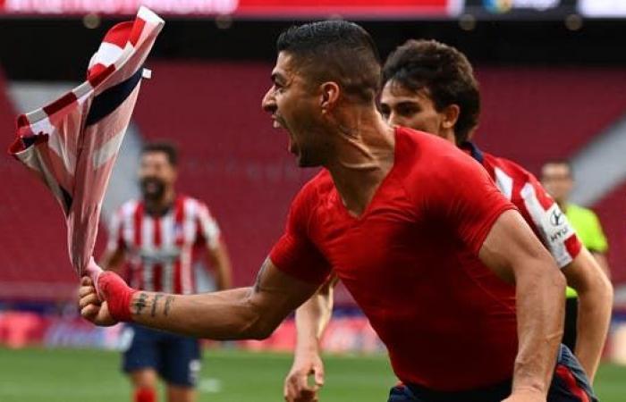 سواريز يقرّب أتلتيكو مدريد من الفوز بالدوري الإسباني