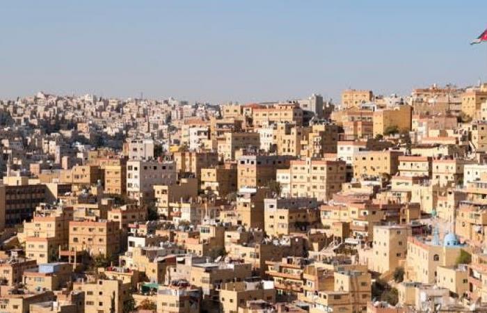 الإمارات والأردن يتفقان على مسارات جديدة للتعاون الاقتصادي