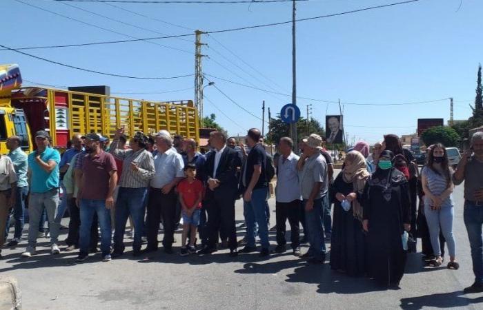 تصعيدٌ في بعلبك… قطع الطريق احتجاجاً على انقطاع الكهرباء