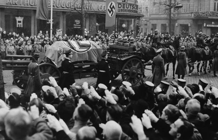 بسبب دبلوماسي قتل بباريس.. شهدت ألمانيا حمام دم