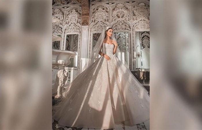 جيسيكا عازار تتألق بفستان الزفاف (صور)