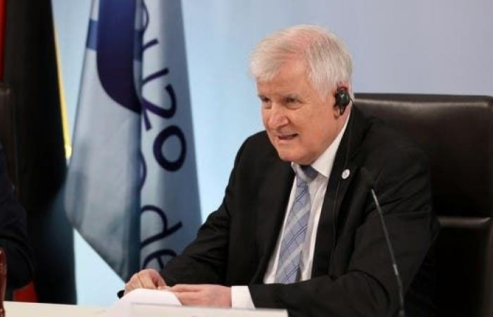 وزير الداخلية الألماني يغيب عن حضور أولمبياد طوكيو