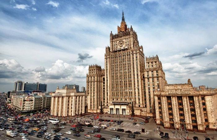 شركات روسية تتطلع للاستثمار في قطاعي النفط والطاقة اللبنانيين