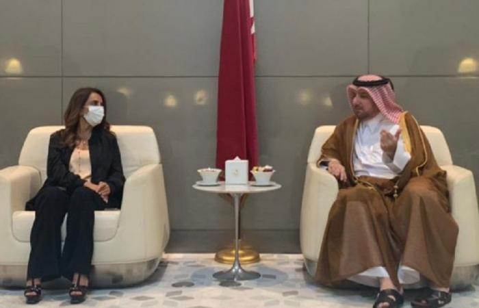 رئيس وزراء قطر أكد لعكر استعداد بلاده لتقديم المساعدة للبنان