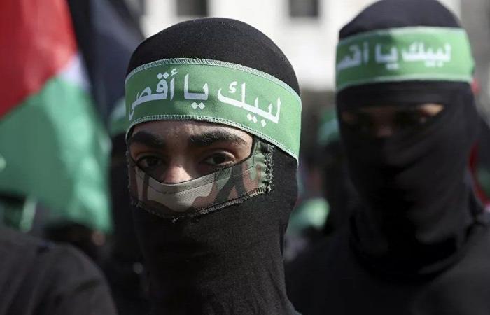 """تحدٍ أمني خطير… """"حماس"""" إلى لبنان!"""