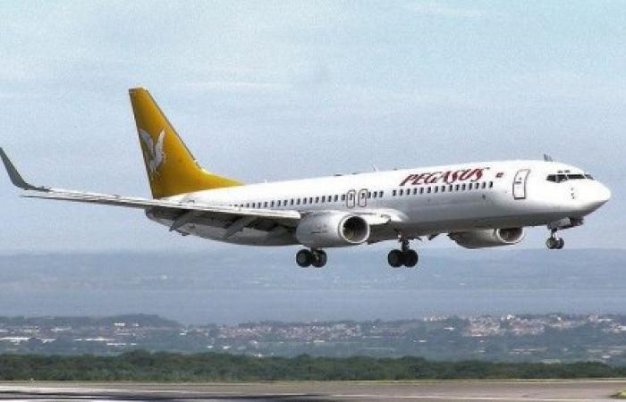 طائرة تركية تعجز عن الهبوط في مطار بيروت... والسبب!!