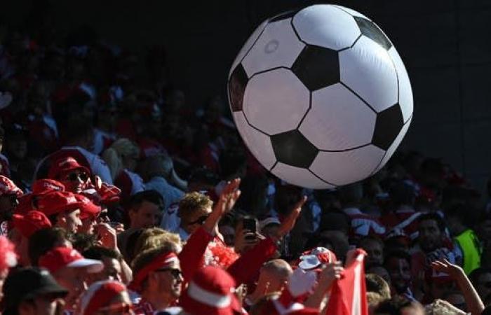 """إصابة 3 مشجعين حضروا مباراة الدنمارك وبلجيكا بسلالة """"دلتا"""""""