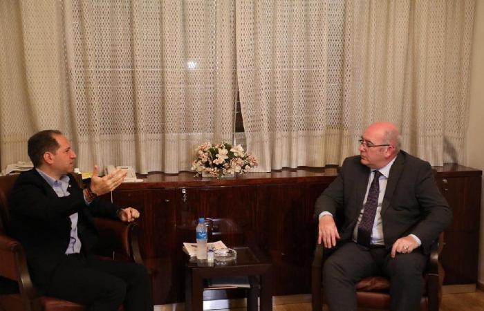لقاء الجميل – لنغدن: تشديد على أهمية سيادة لبنان