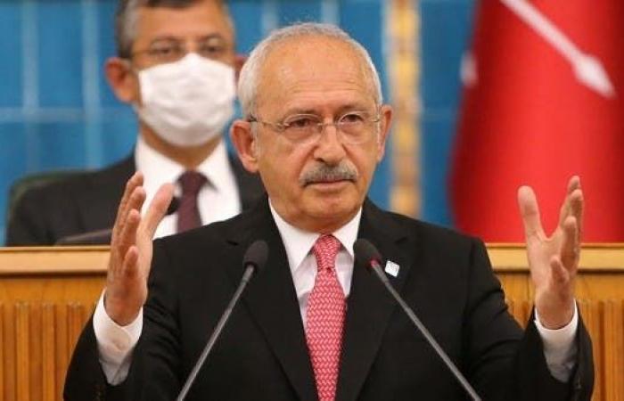زعيم المعارضة التركية ينتقد خطوات إغلاق حزب موالٍ للأكراد