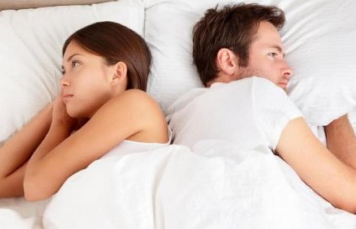 ما هي أسباب تراجع الرغبة الجنسية بين الشريكين؟