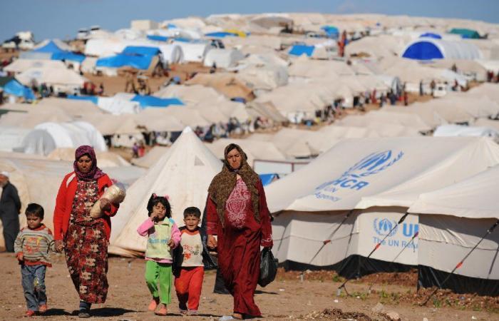 عودة النازحين قبل استرداد الودائع السورية وإلا…