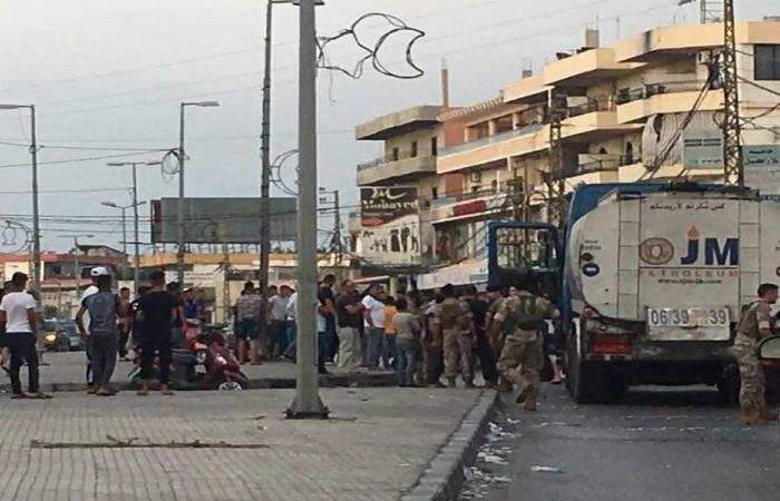 محتجون يوقفون صهريج مازوت في بحنين