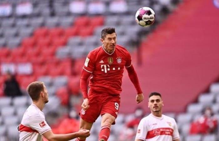ليفاندوفسكي لاعب العام في ألمانيا