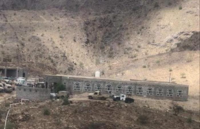 بعد استهداف مماثل لأخيه.. الحوثيون يفجرون منزل قيادي بالجيش