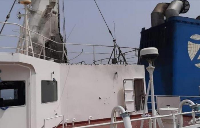 استهداف ناقلة إسرائيل قبالة عُمان.. صور توضح الأضرار