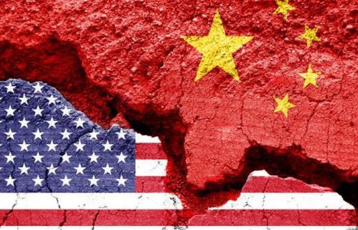 الحرب الأميركية الصينية.. تجارية لكنها مغلفة بالإطار السياسي