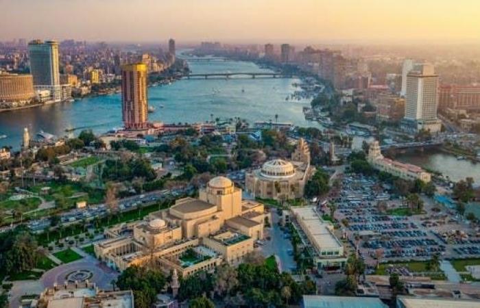 تراجع طفيف لأداء القطاع الخاص غير النفطي في مصر