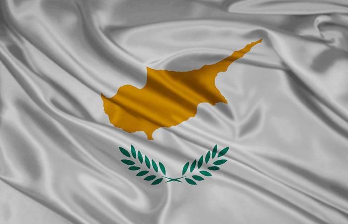 قبرص: قدمنا الدعم للبنان بعد انفجار المرفأ
