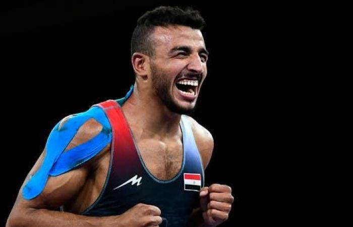 المصري محمد إبراهيم يفوز ببرونزية المصارعة الرومانية