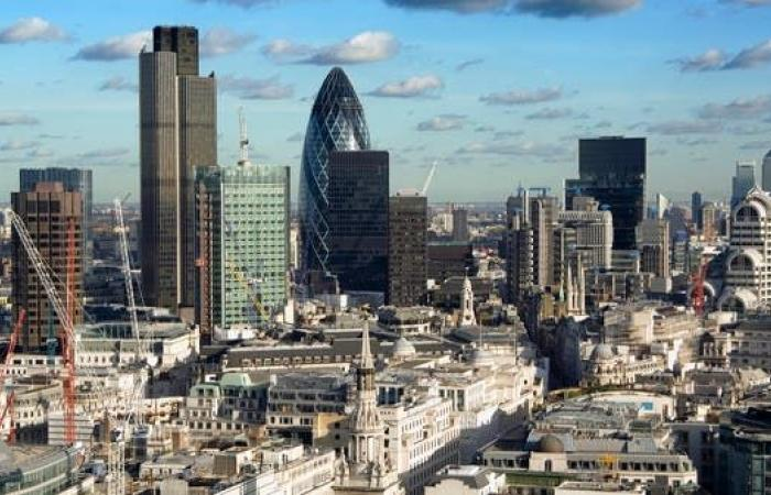 الإمارات توسع استثماراتها في بريطانيا.. اتفاقيات مرتقبة بـ14 مليار دولار