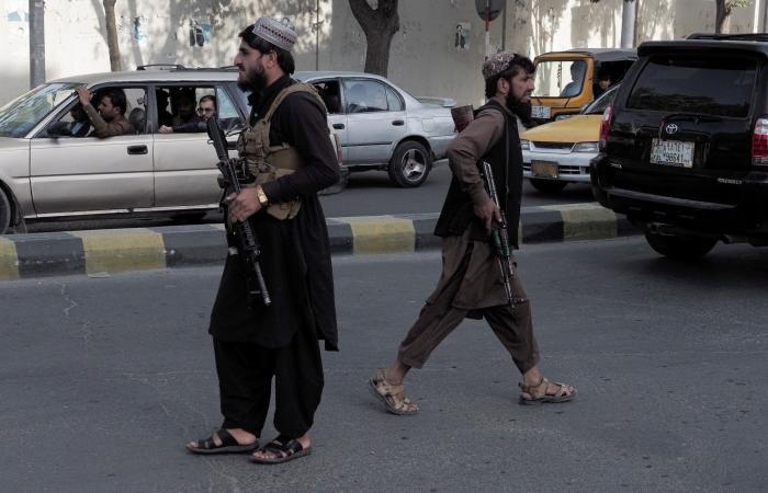 """الأمم المتحدة تمدد لبعثتها وتحث طالبان على حكومة """"جامعة"""""""