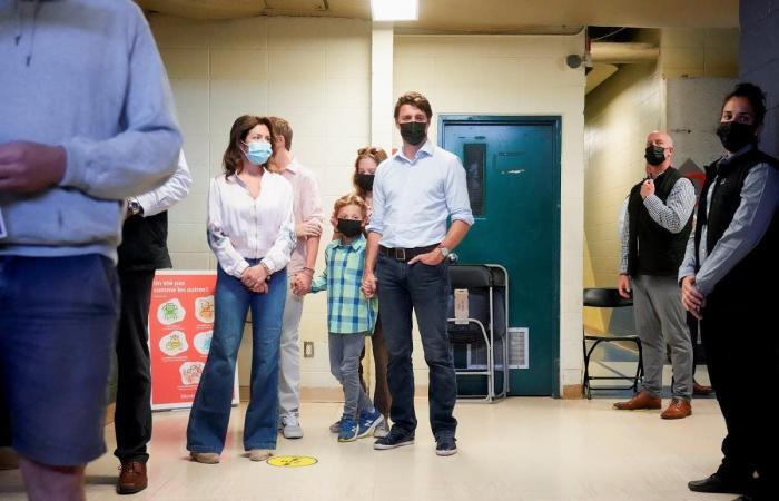 ترودو يتجه لولاية ثالثة في كندا.. إثر حملة بالغة الصعوبة