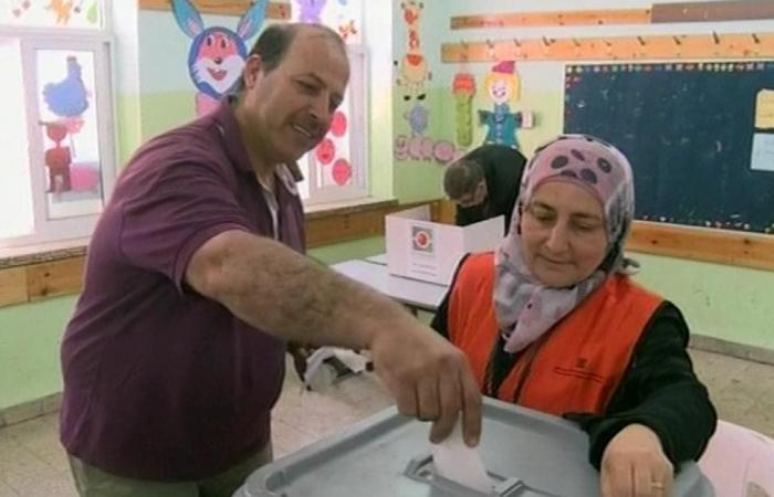 حماس تهاجم السلطة الفلسطينية بشأن الانتخابات