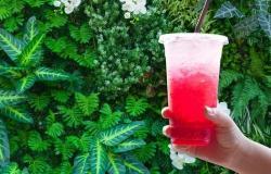 عصير أحمر يؤخر الشيخوخة ويحمي القلب ويمنع السرطان