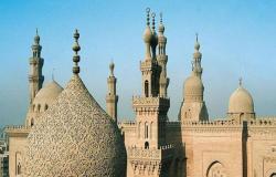 هذا ما فعله شاب وفتاة داخل مسجد!