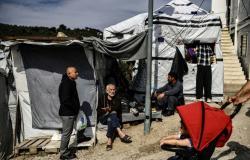 قتيل وجريحان في شجار بين مهاجرين باليونان