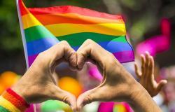 مشاهير عرب أعلنوا عن مثليتهم الجنسية.. شاهدي الفيديو!