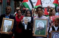 فلسطين | مجموعة جديدة من اسرى الديمقراطية يشرعون بالإضراب