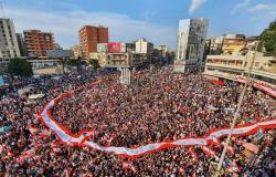 المحتجون في طرابلس: مستمرون بالتظاهر حتى تحقيق المطالب