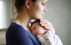 اكتئاب ما بعد الولادة: الأسباب والأعراض والتشخيص والعلاج
