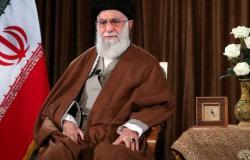 إيران | مستشار بخارجية أميركا ينشر صورة.. خامنئي فوق الدولارات