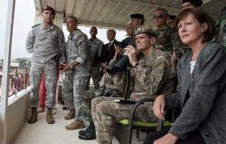 إلغاء الملحقين العسكريين.. باستثناء واشنطن؟