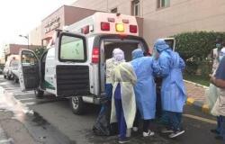 السعودية | هكذا تم إخلاء 17 مصابا بكورونا في غرب السعودية