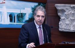 وزير المال يروّج لصندوق النقد: الانصياع أو الانكماش